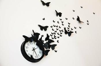 Мастер-класс: настенные часы с бабочками