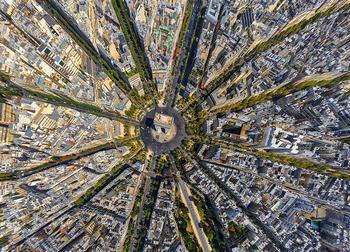 Такими вы их не видели: 25 фотографий городов с высоты птичьего полета