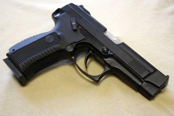 Калашников представил модернизированный спортивный пистолет MP-446C Viking-M