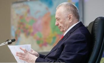 Жириновский: «Яблоко» будет в ближайшие годы включено в перечень нежелательных организаций и запрещено