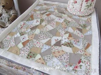 Салфетка из обрезков ткани своими руками