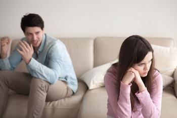 Это совсем не нормально! 17 вещей, которые нужно знать о домашнем насилии