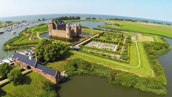 Замки Нидерландов: самые интересные древние величественные сооружения