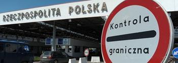 Польша заблокировала выдачу украинским дальнобойщикам транзитных разрешений на проезд