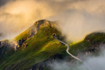 Виртуальное путешествие по самой красивой высокогорной дороге в мире