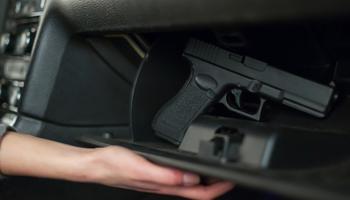 Пневматический пистолет в авто: можно ли возить — разбираемся в законе