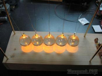 Создаем светящийся маятник Ньютона