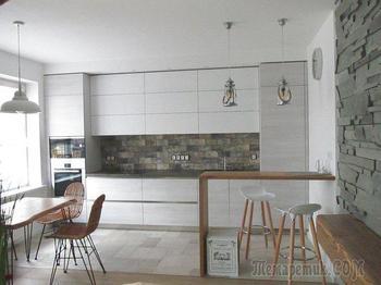 """Кухня: """"с нуля"""" до комнаты с барной и столовой зонами"""