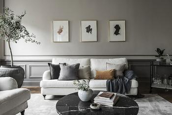 Оттенки серого в атмосферном интерьере квартиры