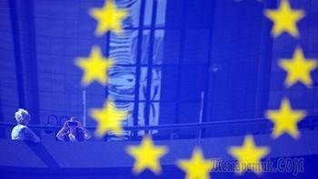 """Глава Евросовета заявил о """"серьезной угрозе"""" выхода Польши из ЕС"""