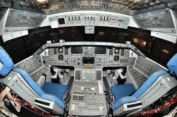 Эволюция приборных панелей космических аппаратов