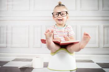 5 советов как приучить ребенка к горшку зимой