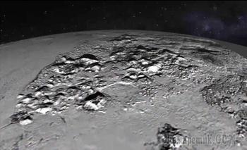 Плутону нужно вернуть статус планеты, считают эксперты