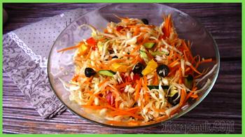 Салат капустный с апельсиновым соком, витаминный