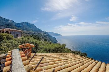 Острова Испании: 8 экзотических мест, которые стоит увидеть