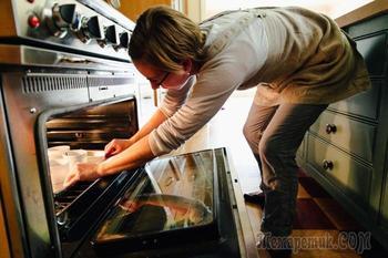 8 вредных кулинарных привычек, которые могут привести к проблемам с желудком