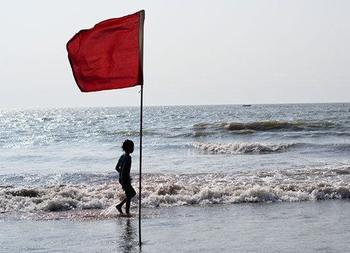 Смертельные опасности, которые поджидают детей и их родителей на пляже
