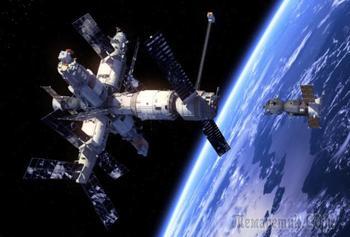 10 эффектных столкновений спутников