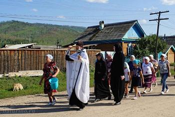 В бурятском селе крестные ходы для борьбы с раком сделают регулярными