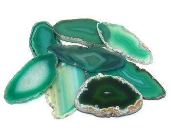 Зеленый агат (камень): свойства, значение и влияние на владельца