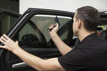 Какие вещи по закону запрещено ставить на личный автомобиль
