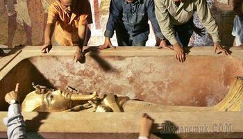 10 неожиданных и странных артефактов, которые были обнаружены на поверхности археологических древностей
