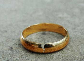 4 вещи, за которые нельзя осуждать разведенных женщин
