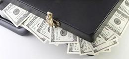 Деньги ФНБ решили раздать двум госкорпорациям и двум миллиардерам