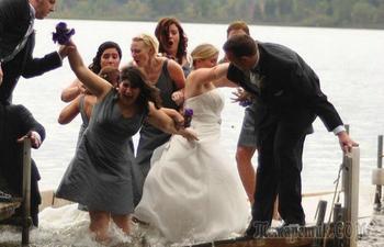 30 забавных свадебных снимков, которые тяжело испортить еще больше
