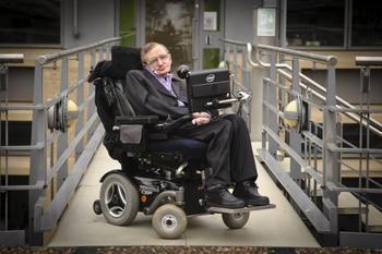 «Только неудачники хвастаются IQ»: удивительные и вдохновляющие факты о Стивене Хокинге