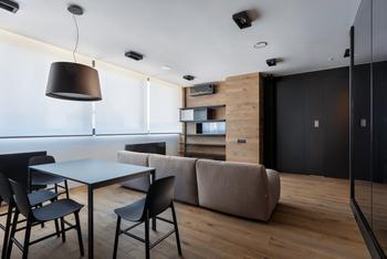 Современные апартаменты 76,2 квадратных метра в центре Киева