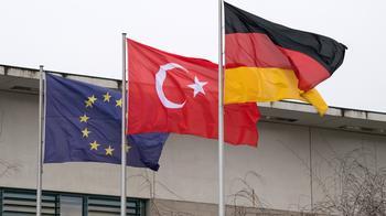 """Поздравление """"по-турецки"""": МИД Турции назвал крымский референдум """"нелегитимным"""", а присоединение - """"аннексией"""""""