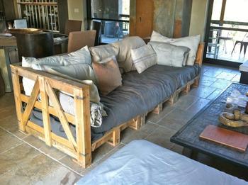 Великолепная мебель из поддонов, которую несложно собрать своими руками