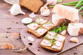 Полезнее оливкового масла: ученые развенчали мифы о свином сале