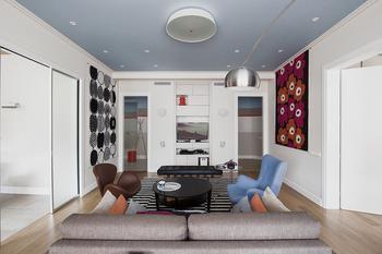 Квартира c цветными потолками на Таганке