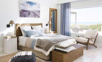 Домик у моря: 6 идей декора спальни в морском стиле
