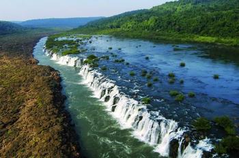 Чудо природы: уникальный водопад Мокона