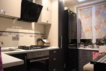 Кухня: серо-белый интерьер