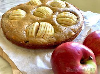 Яблочный пирог из гречневой муки