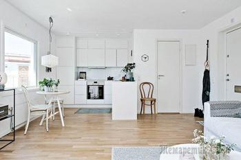 Как белый интерьер может быть интересным: 40 квадратных метров в Швеции