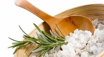 Как вывести соль из организма народными средствами
