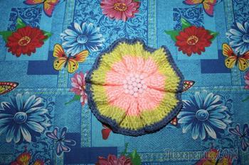 Готовимся к весне: вяжем симпатичную повязку для девочки