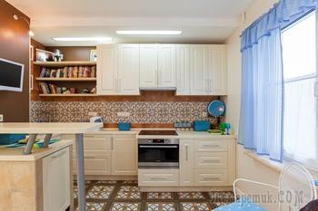 Трёхкомнатная квартира с ярким декором в Киеве