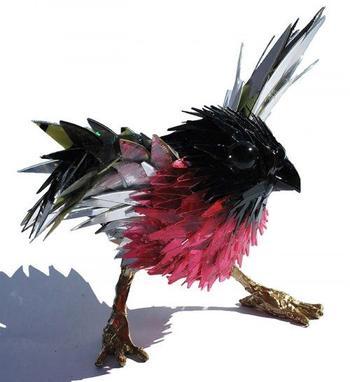 Потрясающие скульптуры животных из компакт-дисков от Шона Эвери