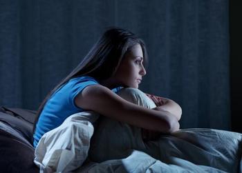 Причины бессонницы разных знаков Зодиака: что вам мешает уснуть согласно гороскопу