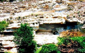 Болгарское побережье Черного моря 22. Монастырь Аладжа - самый известный болгарский скальный монастырь