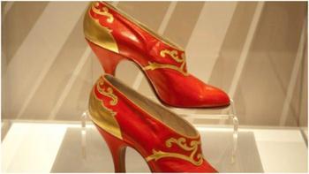 Туфли как символ эпохи: Как выглядит обувь для настоящих эмансипе