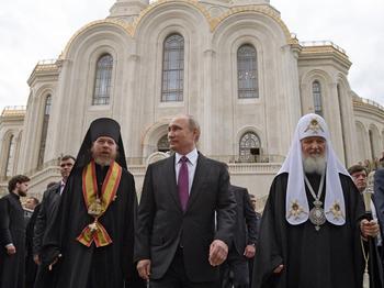 Путина наделили «царскими» полномочиями: беспрецедентный закон принят