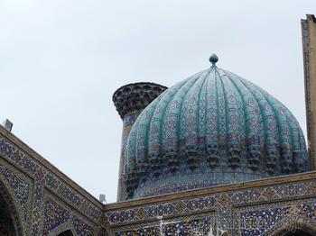 Монастыри и храмы. Мечети Узбекистана