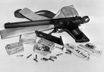 Самый секретный пистолет ЦРУ. Как он попал в СССР...